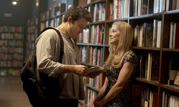 GONE GIRL, from left: Ben Affleck, Rosamund Pike, 2014. ph: Merrick Morton/TM & copyright c20th Century Fox Film Corp. All rights reserved/courtesy Everett Collection